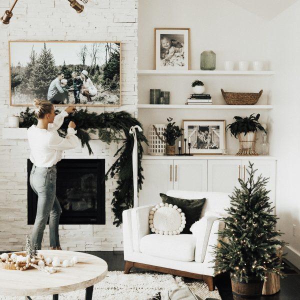 Minimal Holiday Decor + DIY Garland